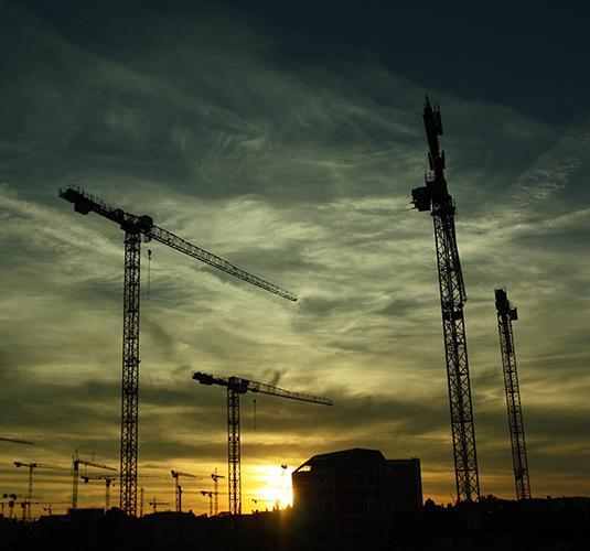 Produção da indústria volta a crescer em setembro, de acordo com IBGE
